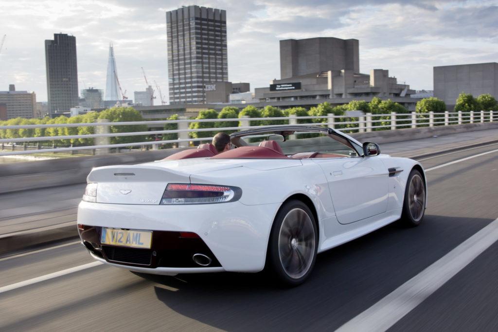 V12ヴァンテージロードスター