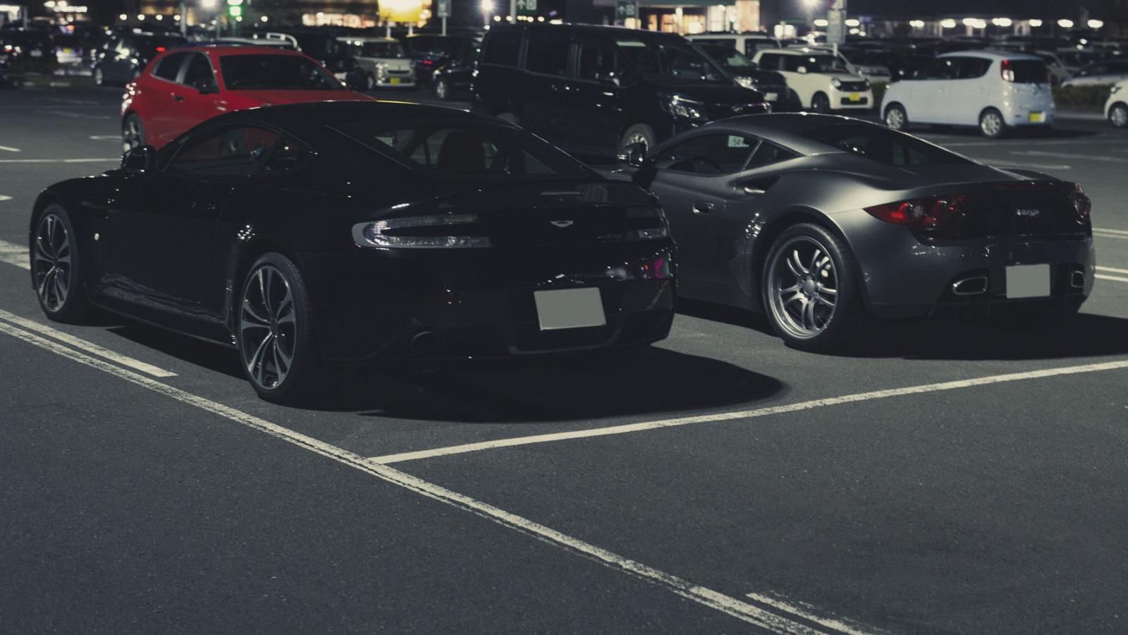 V12ヴァンテージとアルテガGT